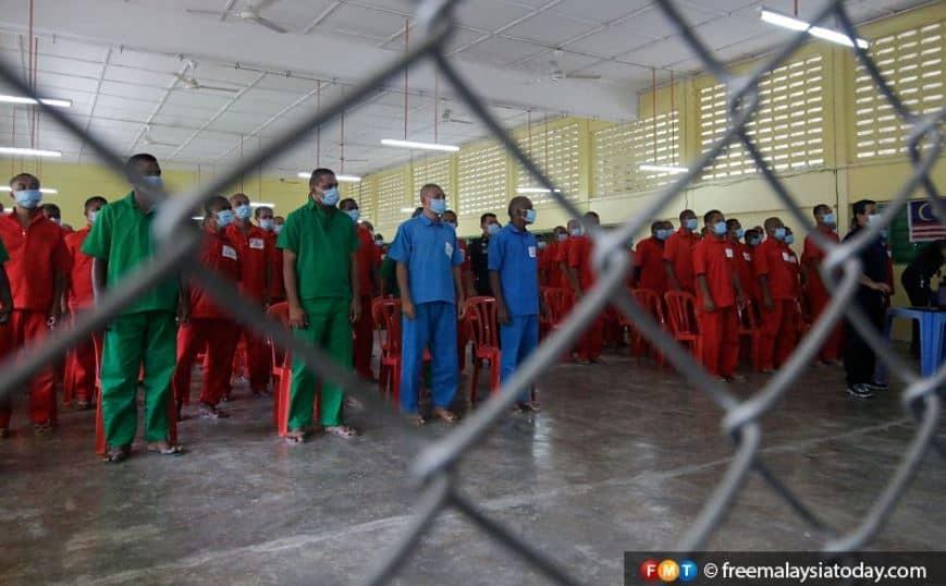 Bebas dari 'tirai besi', bekas penghuni penjara diberi peluang pekerjaan